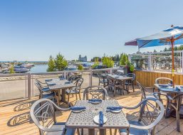 Living Water Offers Lake View Dining