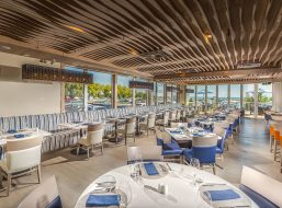Lakeside Seafood Grille, Living Water Resort